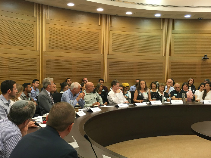 Wings Invited to Knesset Caucus